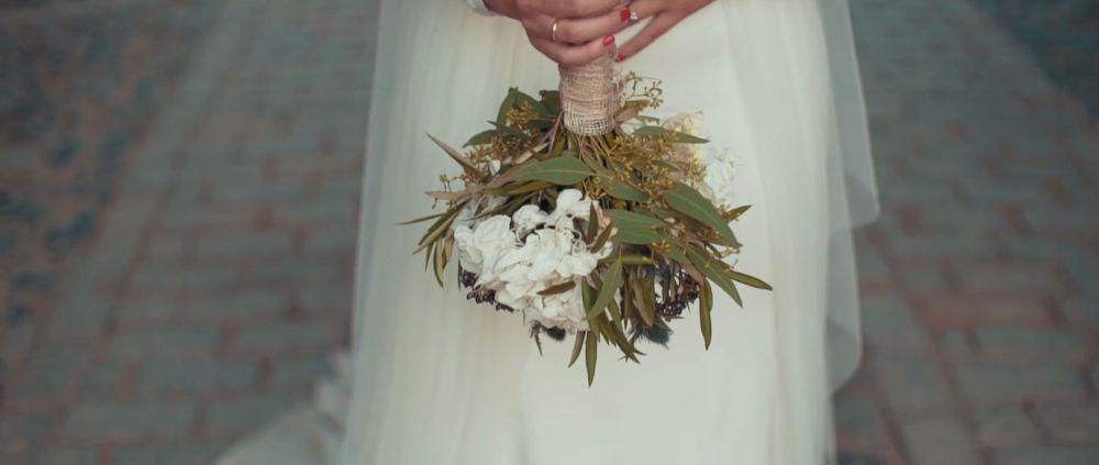 El ramo de novia era una creación de la floristería Enea.