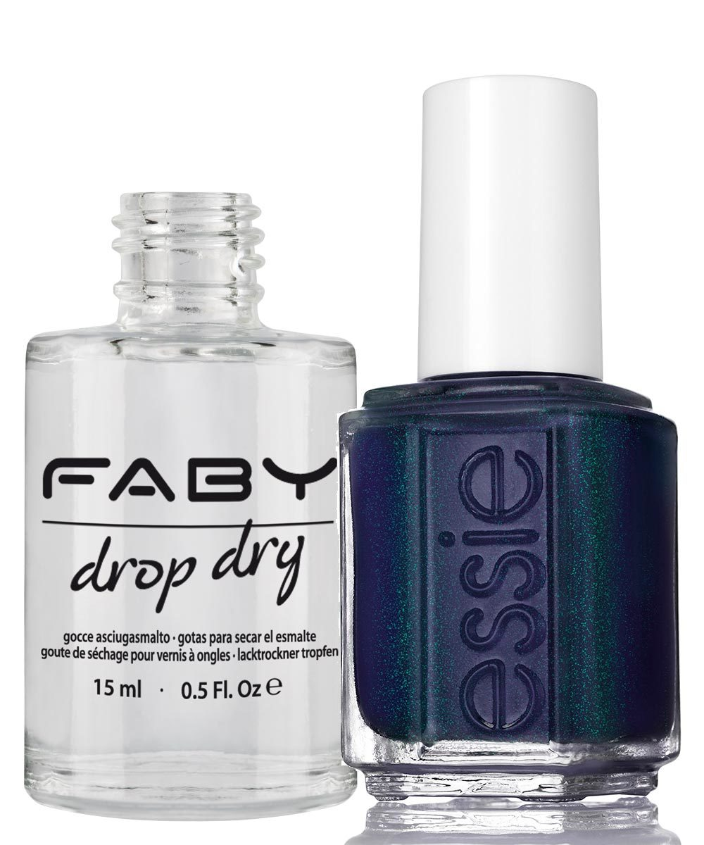 Drop Dry de Faby Nails (C.P.V.) y laca de uñas azul marino Dressed to...
