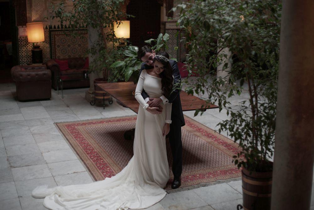El vestido de novia de Mila era del diseñador Jose Luis Zambonino.