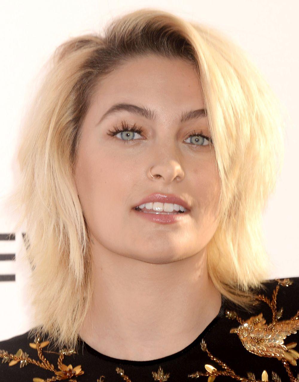 La evolución de sus looks de pelo