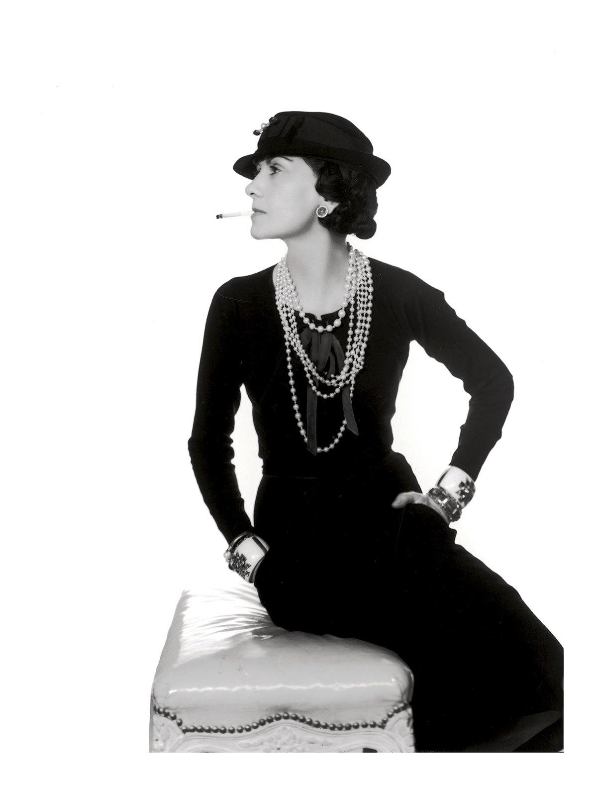 ¿Qué planes podríamos hacer hoy con Gabrielle Chanel? ¡Los...