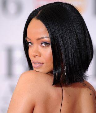 Rihanna usa la nueva fórmula capital anticaída de cabello Dr CYJ...