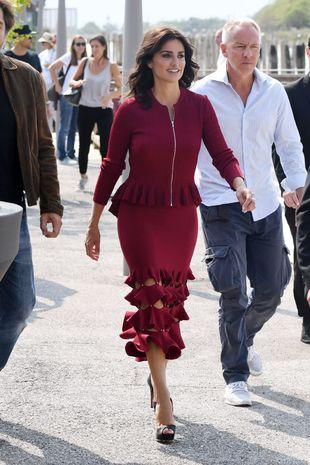 Durante el Festival de Venecia, Penélope se ha dejado ver con...