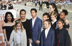 Angelina sus hijos sobre la alfombra roja del Festival de Toronto