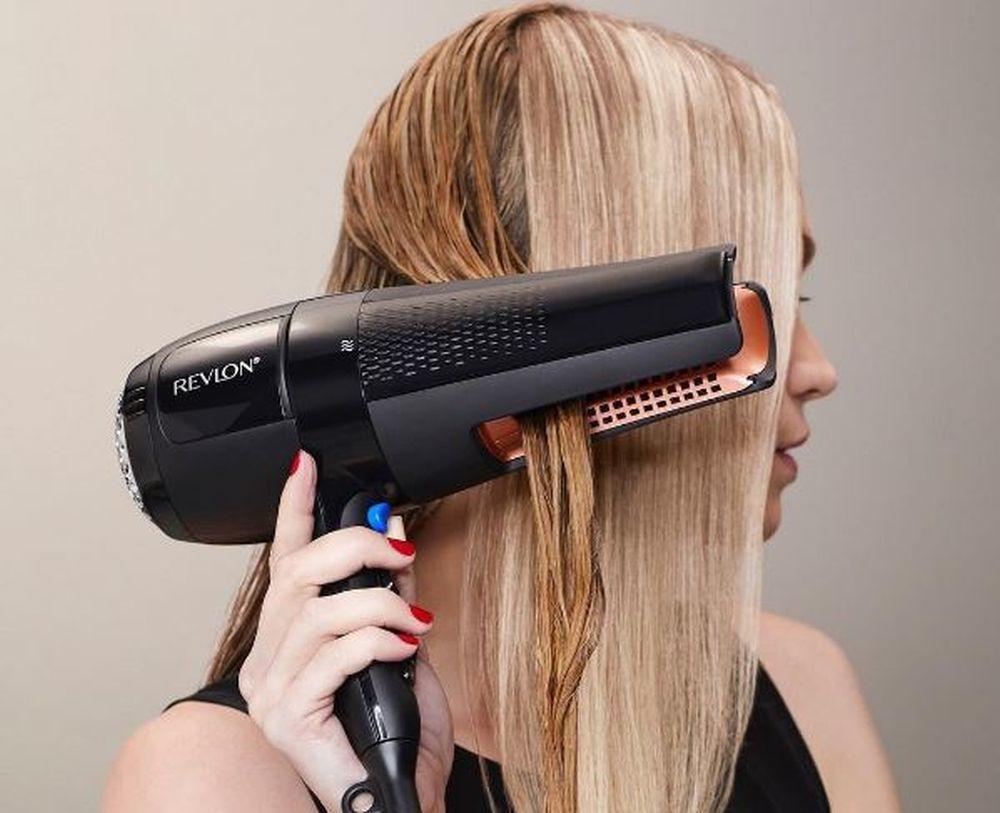 El secador-plancha de Revlon alisa y seca el pelo de manera...