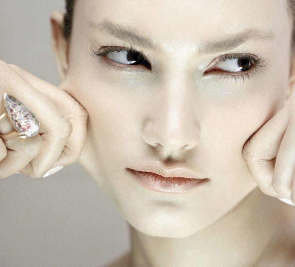 Masaje facial para eliminar las arrugas
