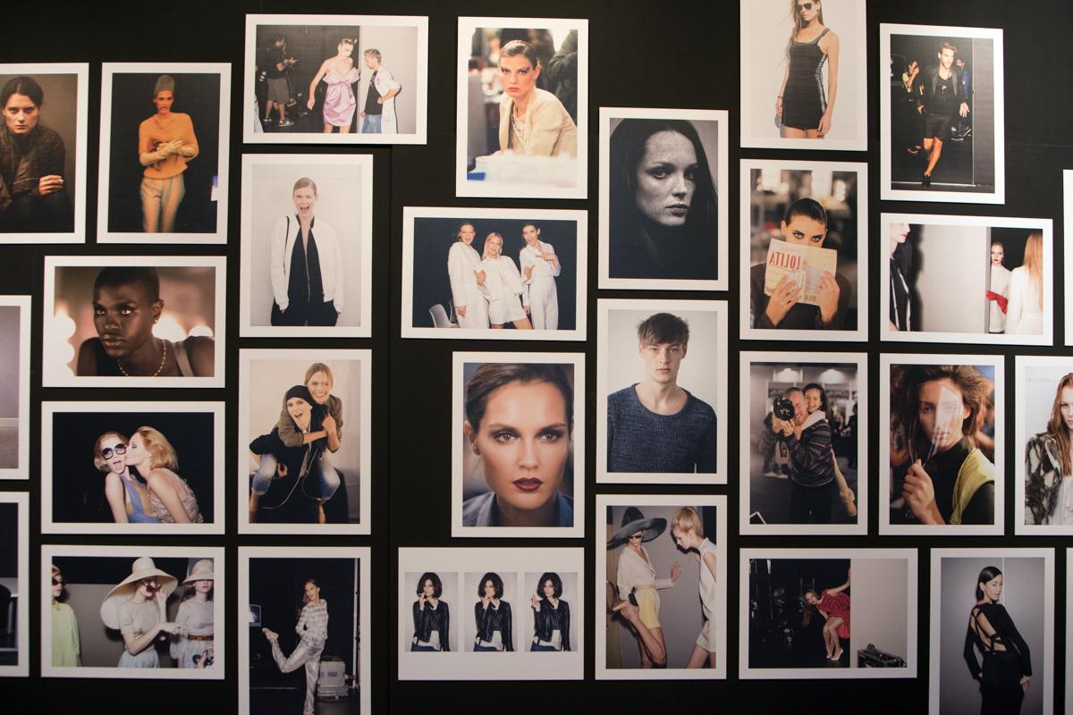 Backstage, de Alex Rivera.
