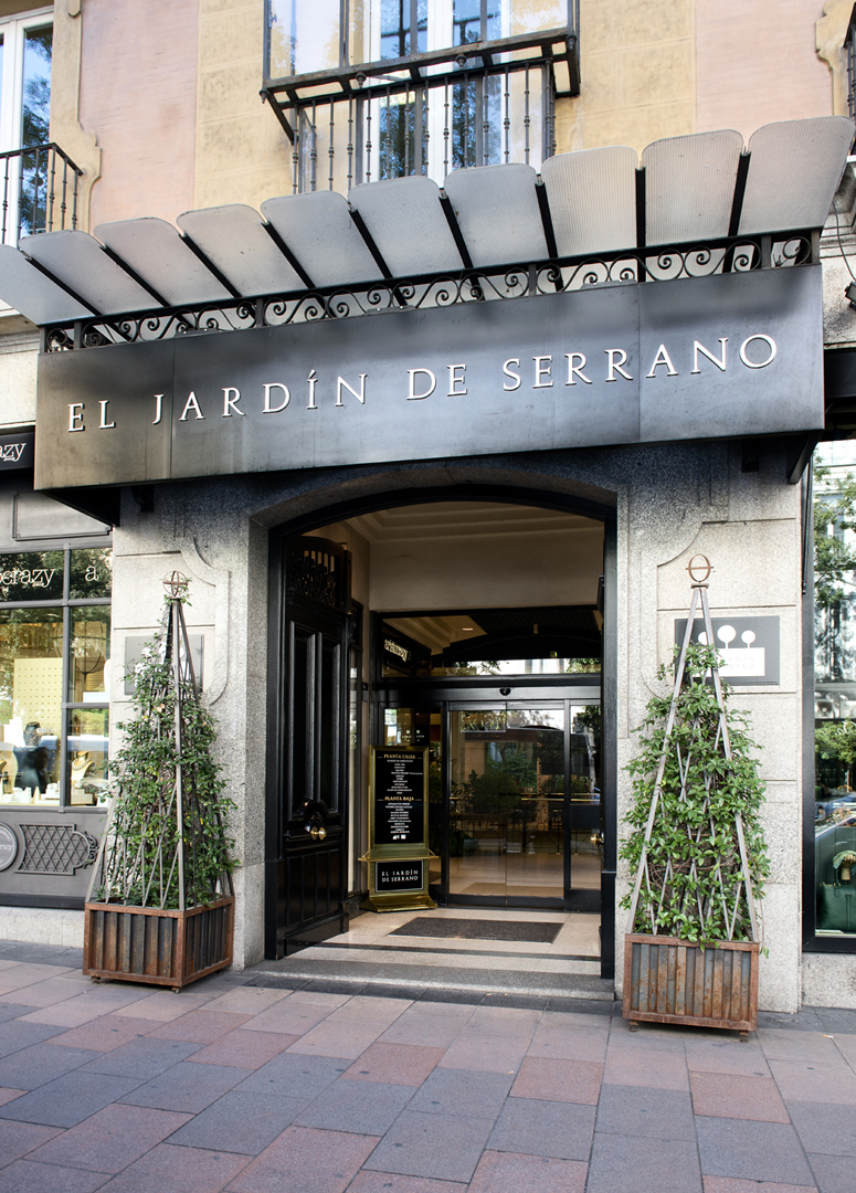 Confirmado uniqlo abrir tienda en madrid for Jardin de serrano