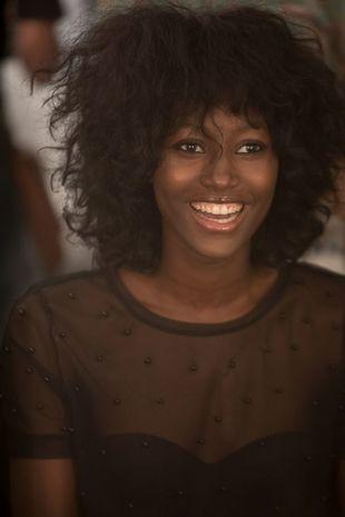 Aya Güeye, la espectacular modelo senegalesa que triunfa en la Madrid...