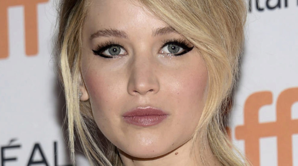 Cat eye o el eyeliner gatuno de Jennifer Lawrence