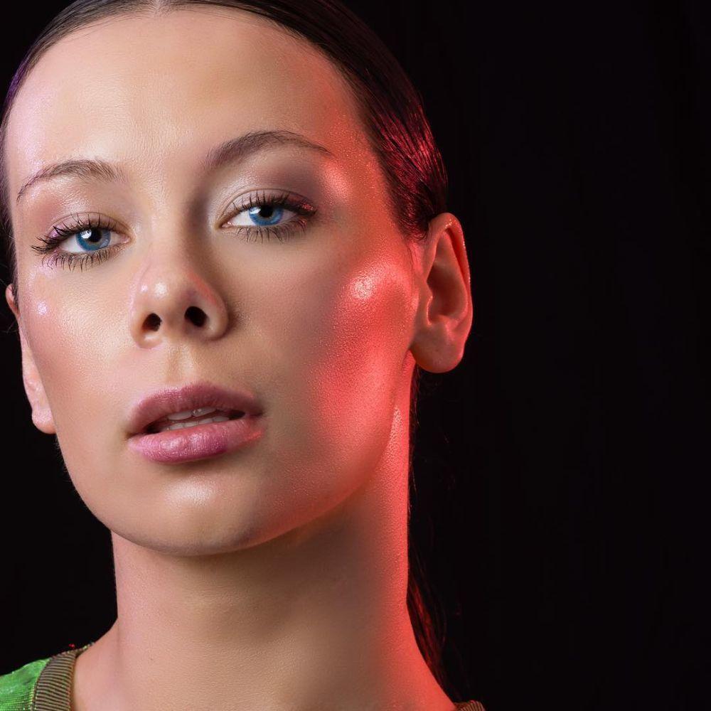 La tendencia que consigue que tu piel sea tan luminosa y translúcida...
