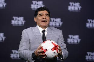 Maradona se ha querellado contra el dúo italiano por el uso de su...