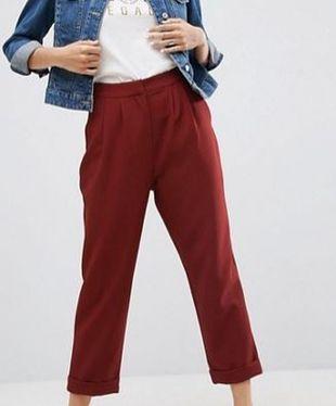 Pantalón de Asos (36,99 euros).