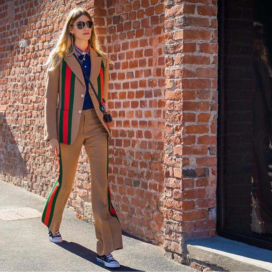 Veronika Heilbrunner con un blazer de Gucci.