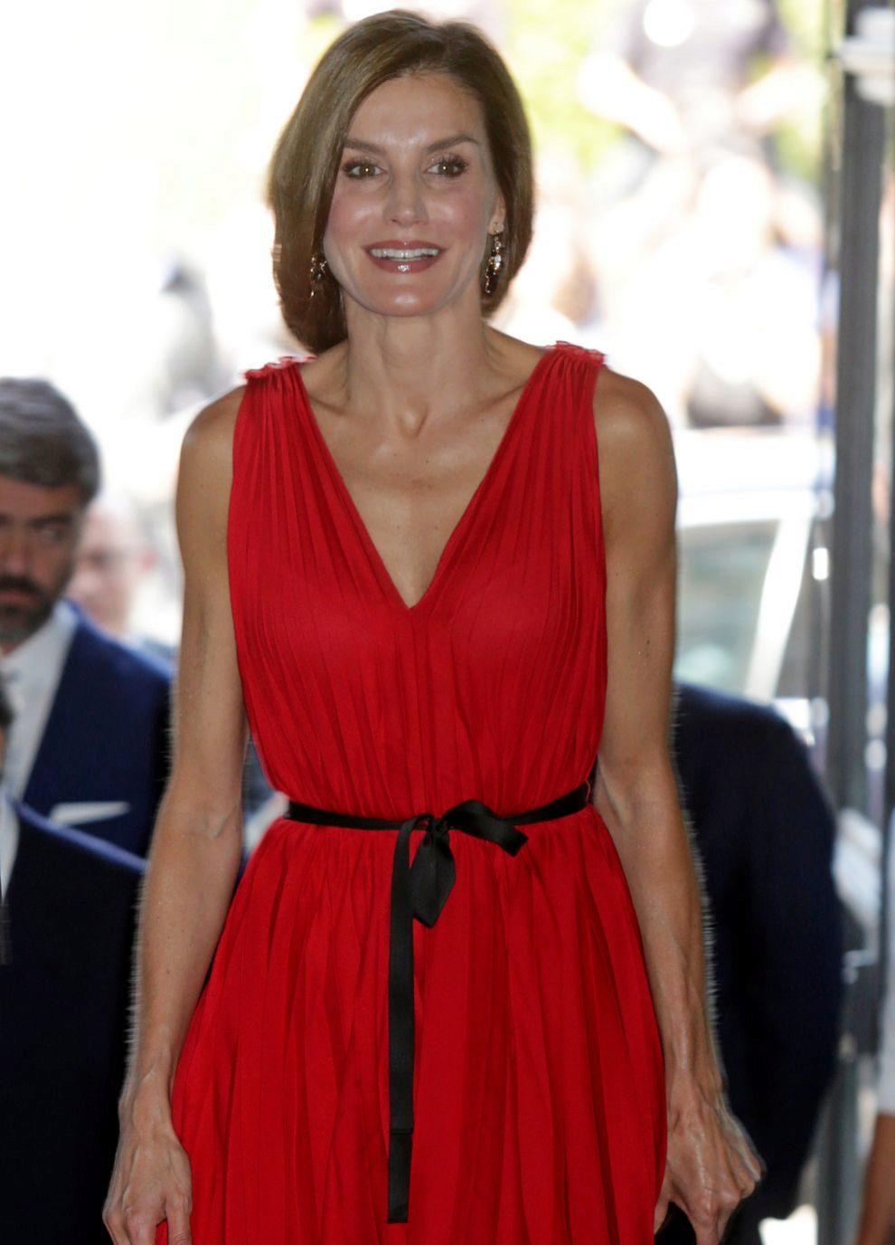 0e9c217e2b7f La reina Letizia o cómo hacer de un vestido varios looks | Telva.com