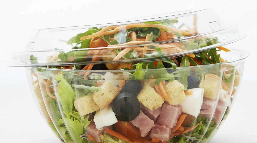 Las ensaladas de todos los colores son las protagonistas de la dieta...