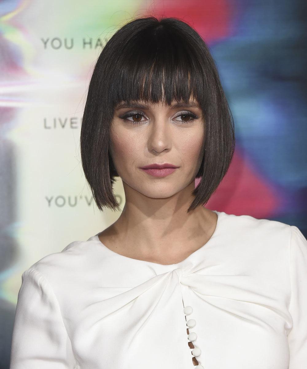La actriz Nina Dobrev se estrena este otoño con un corte bob que nos...