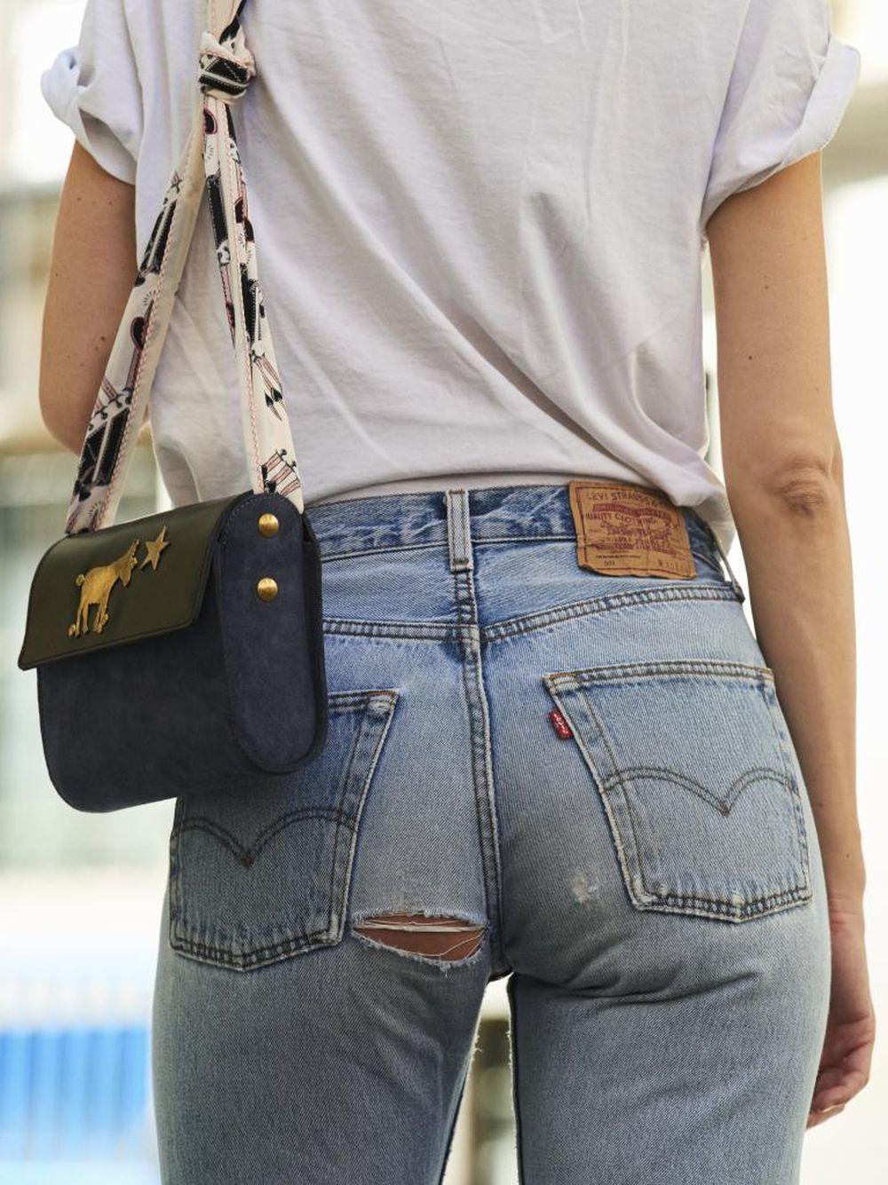 Una cartera convertida en bolso