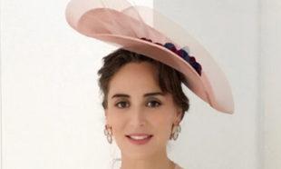 Tamara Falcó, con el look que lució en la boda de unos amigos.