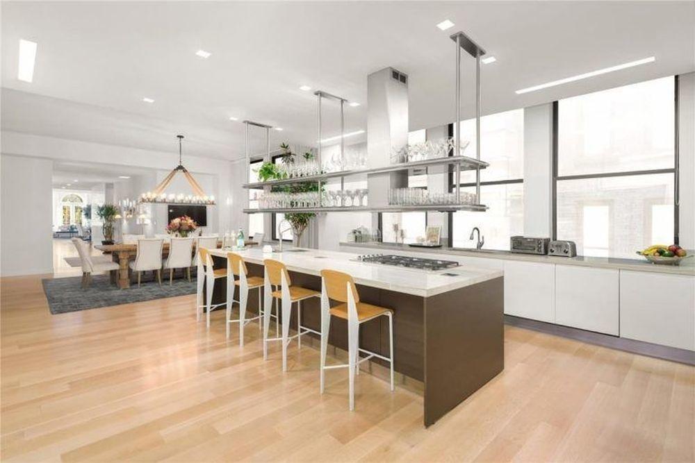 La casa dispone de una bonita cocina abierta.
