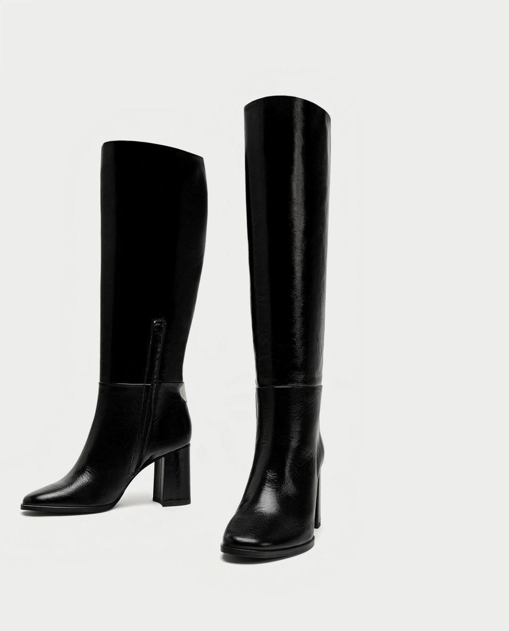 Botas de piel con tacón de Zara (79,95 euros)