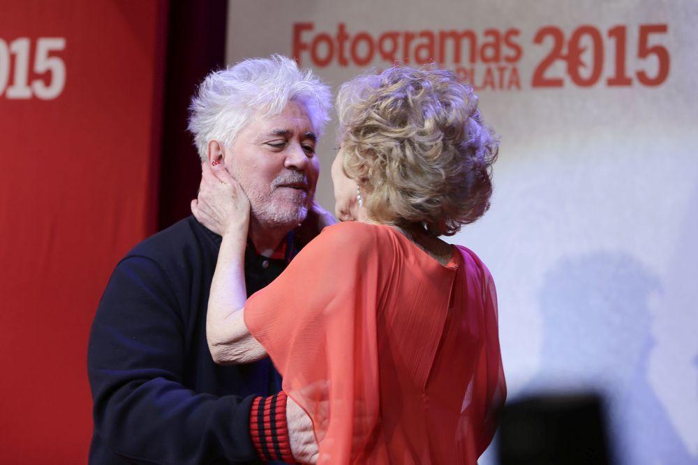 Marisa Paredes y Pedro Almodóvar