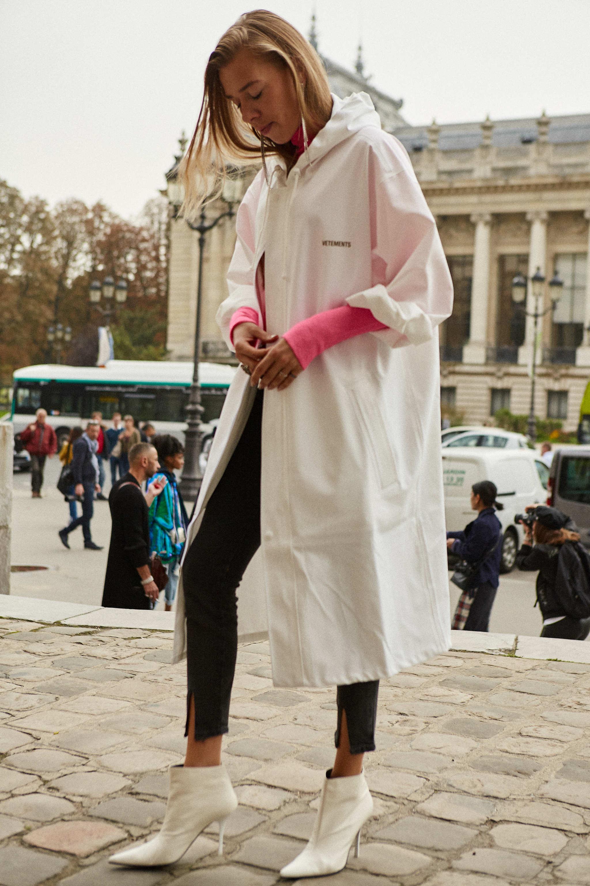 El street style parisino nos da la mejor lección para combinar el...