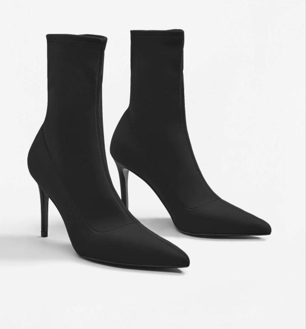 Botín calcetín de tacón (39,99 euros)