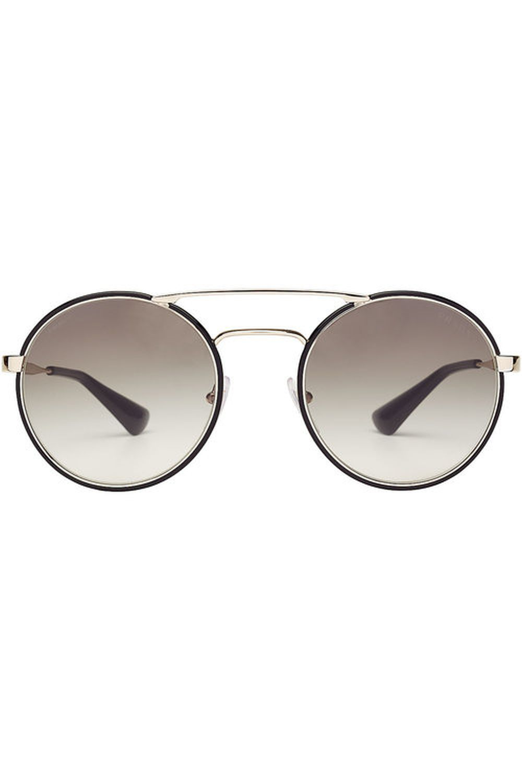 Gafas de sol de Prada (229 euros)