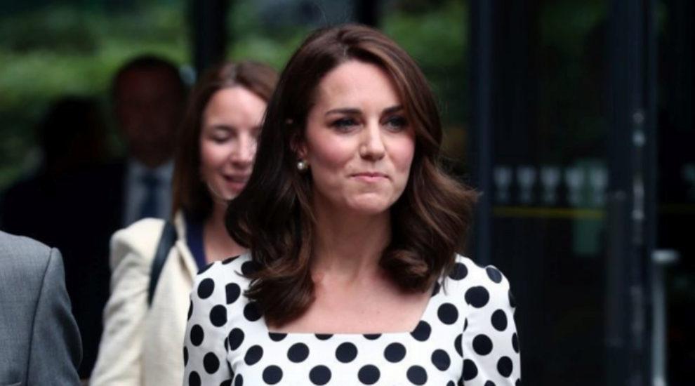 Kate Middleton, con una versión más violín del castaño tendencia.