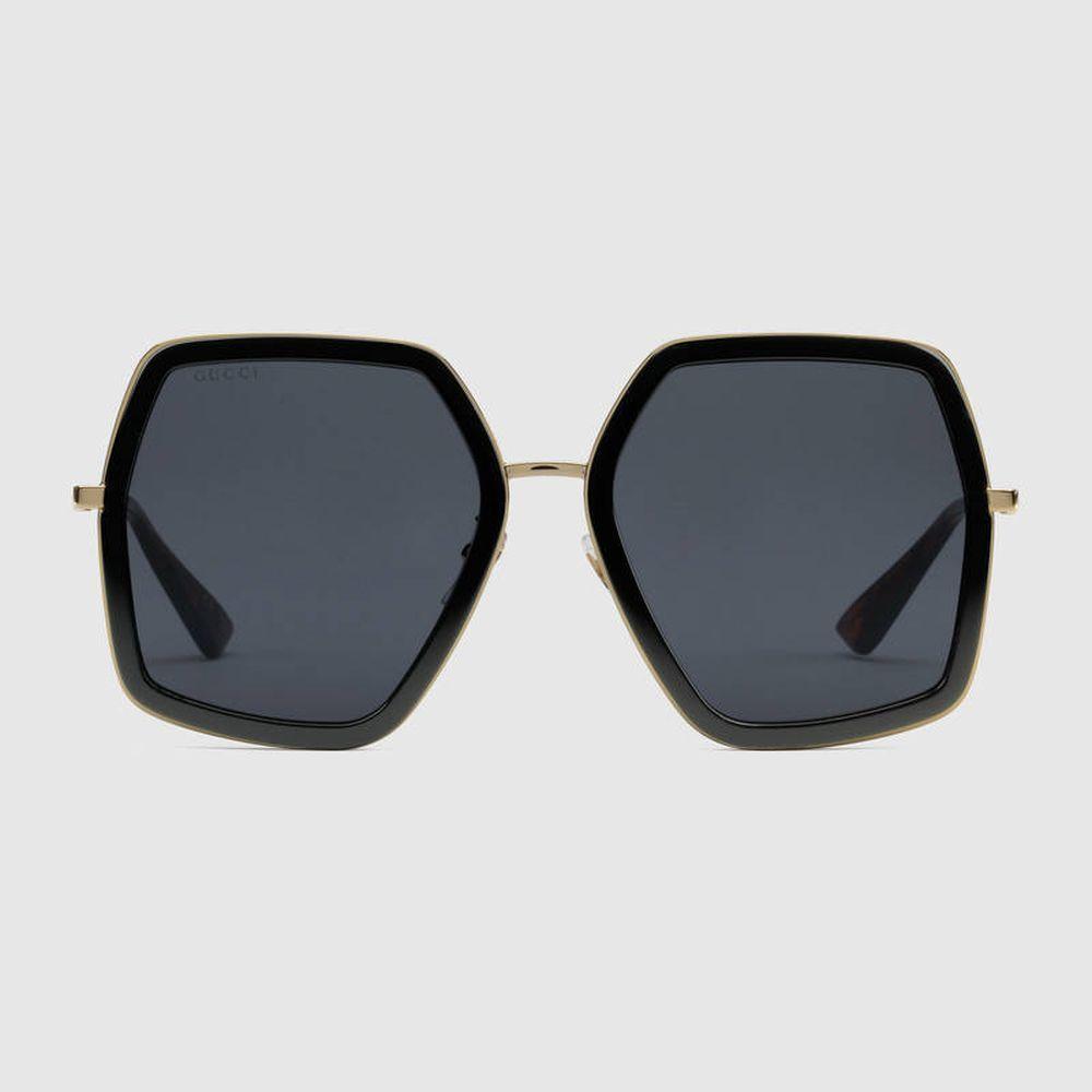 Gafas de sol cuadradas de Gucci (290 euros)