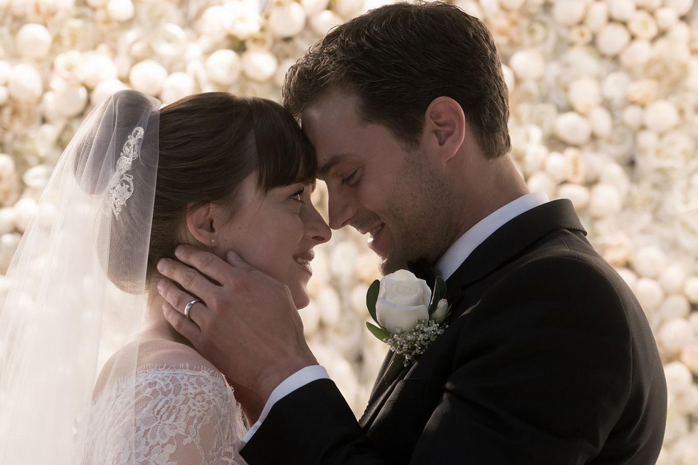Christian Grey y Anastasia Steel protagonizan una boda de cuento de...