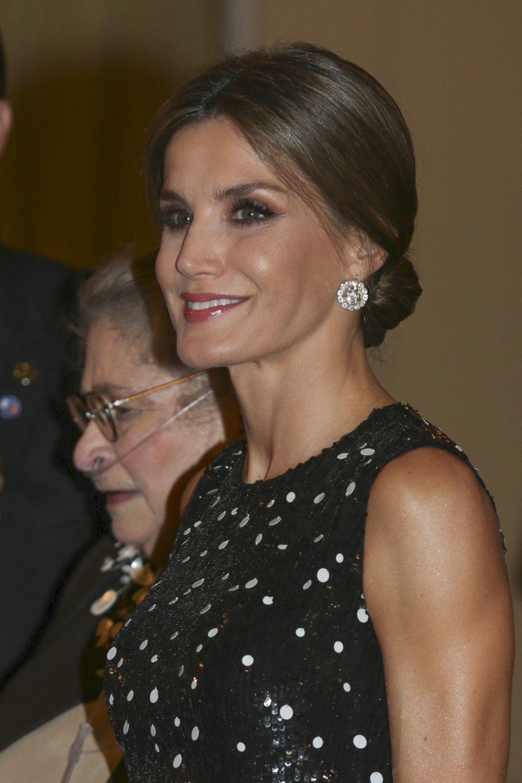 La Reina Letizia durante la recepción de los presidentes de Israel.