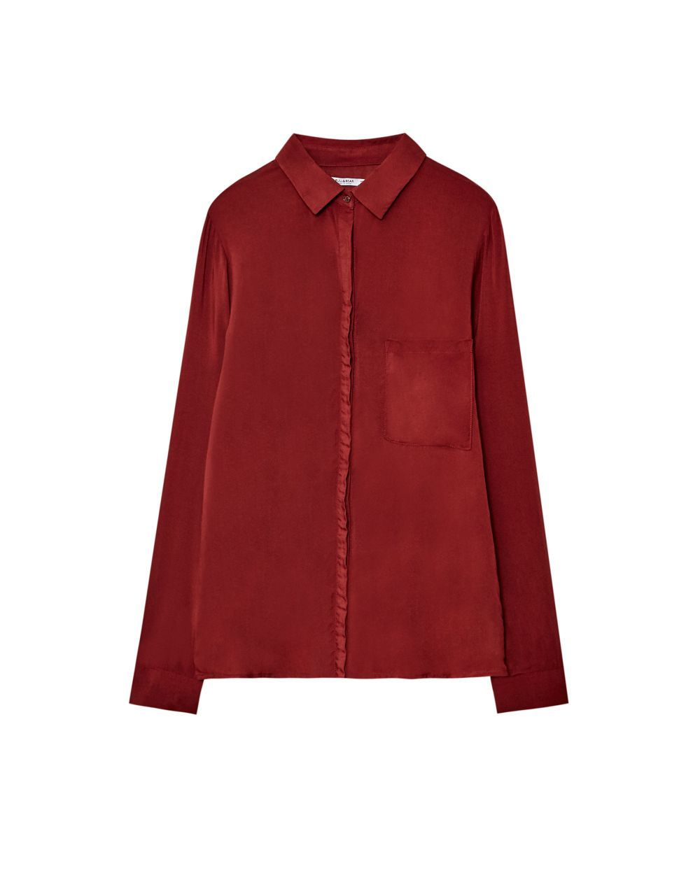 Camisa granate de Pull&Bear (12,99 euros)