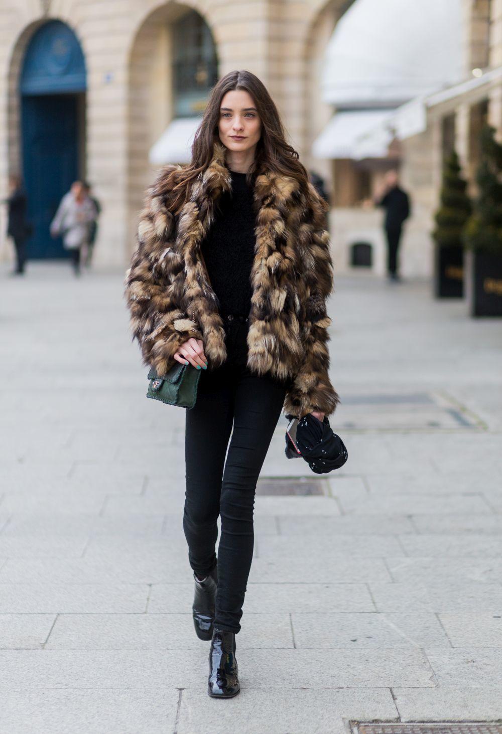 6 mandamientos para acertar con el abrigo de pelo sintético  7e43a0fe5daf