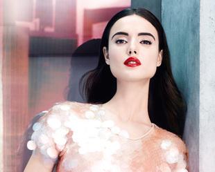 Blanca Padilla es la nueva embajadora de Givenchy Beauty.