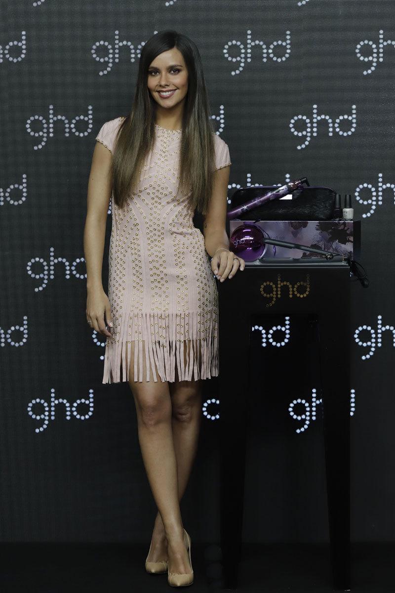 Cristina Pedroche es la nueva embajadora de GHD para esta Navidad.