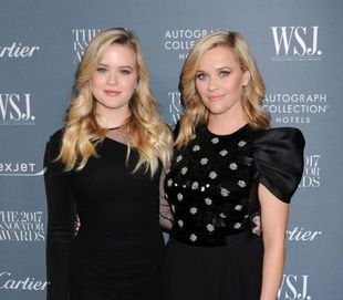 Ava Phillippe, junto a su madre, la actriz Reese Witherspoon.