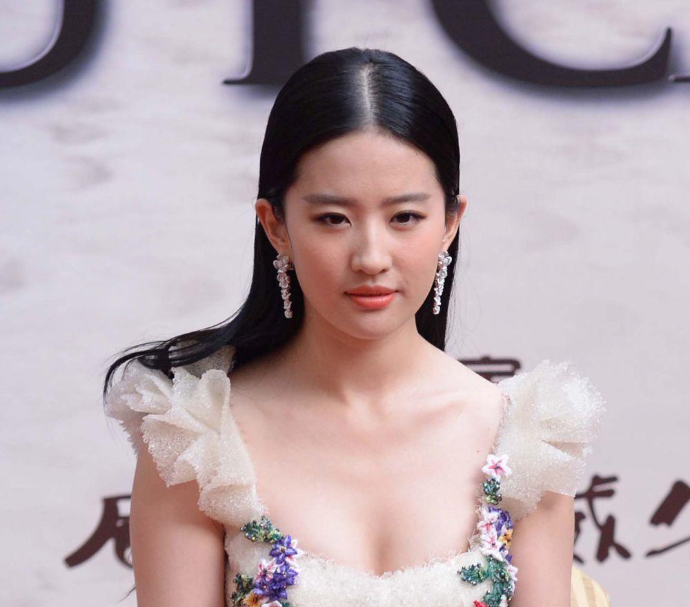 La actriz china Liu Yifei ha sido la elegida para encarnar a Mulán.