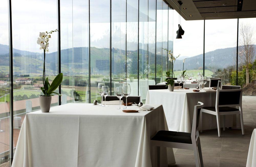 Al comedor de Azurmendi (3 estrellas Michelin) le llaman El Mirador