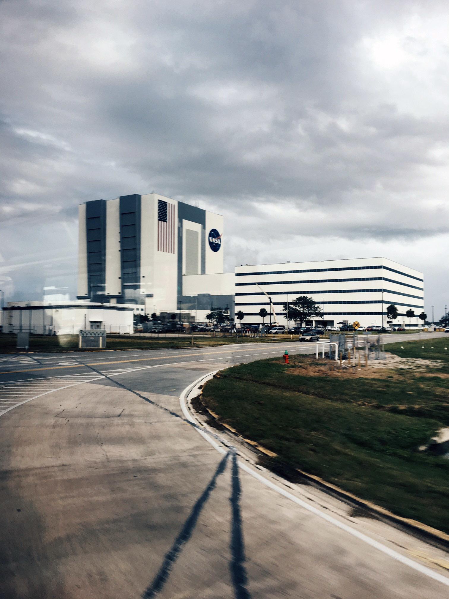 El Edificio de Ensamblaje de Vehículos fue construido en los años 60...