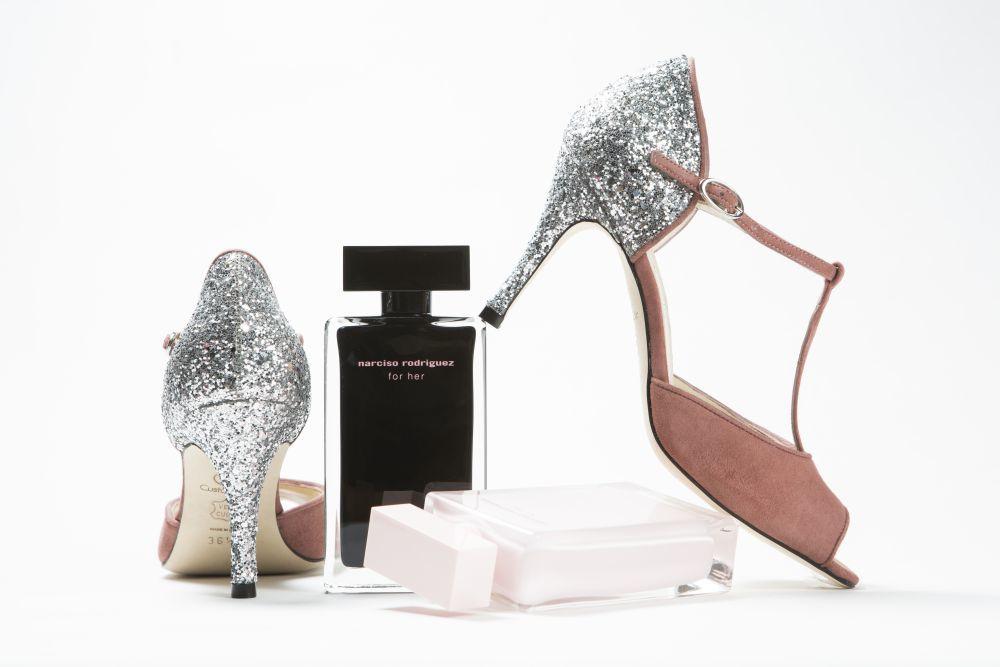 Zapatos con tacón glitter de Custom & Chic.