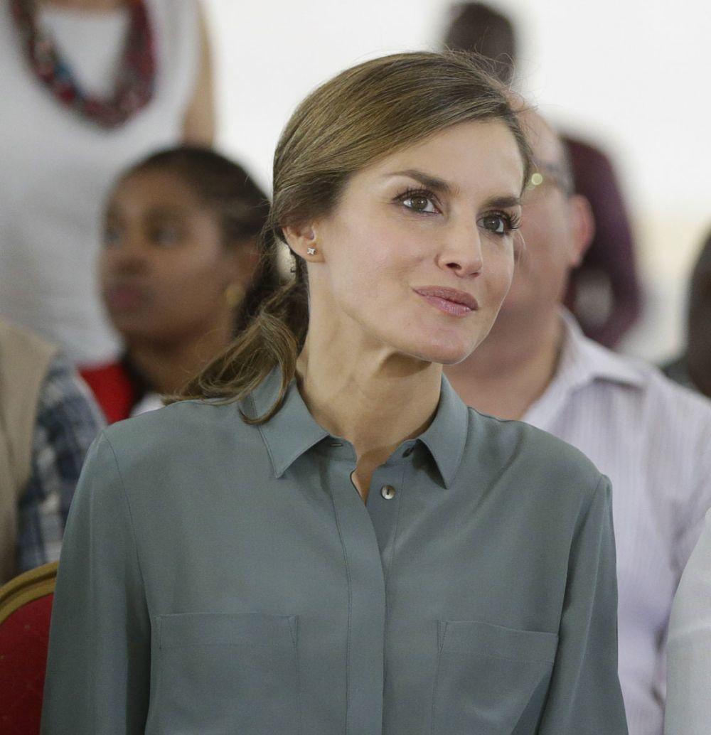 La Reina Letizia en su segunda jornada en Senegal.