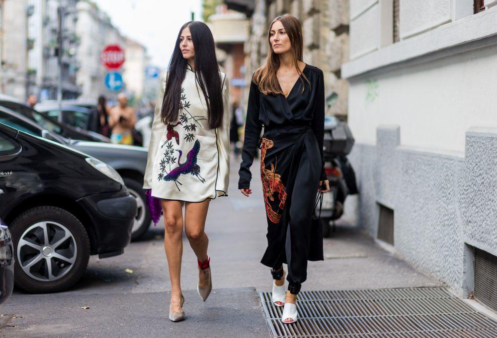 Los vestidos de inspiración oriental y los kimonos con bordados de...