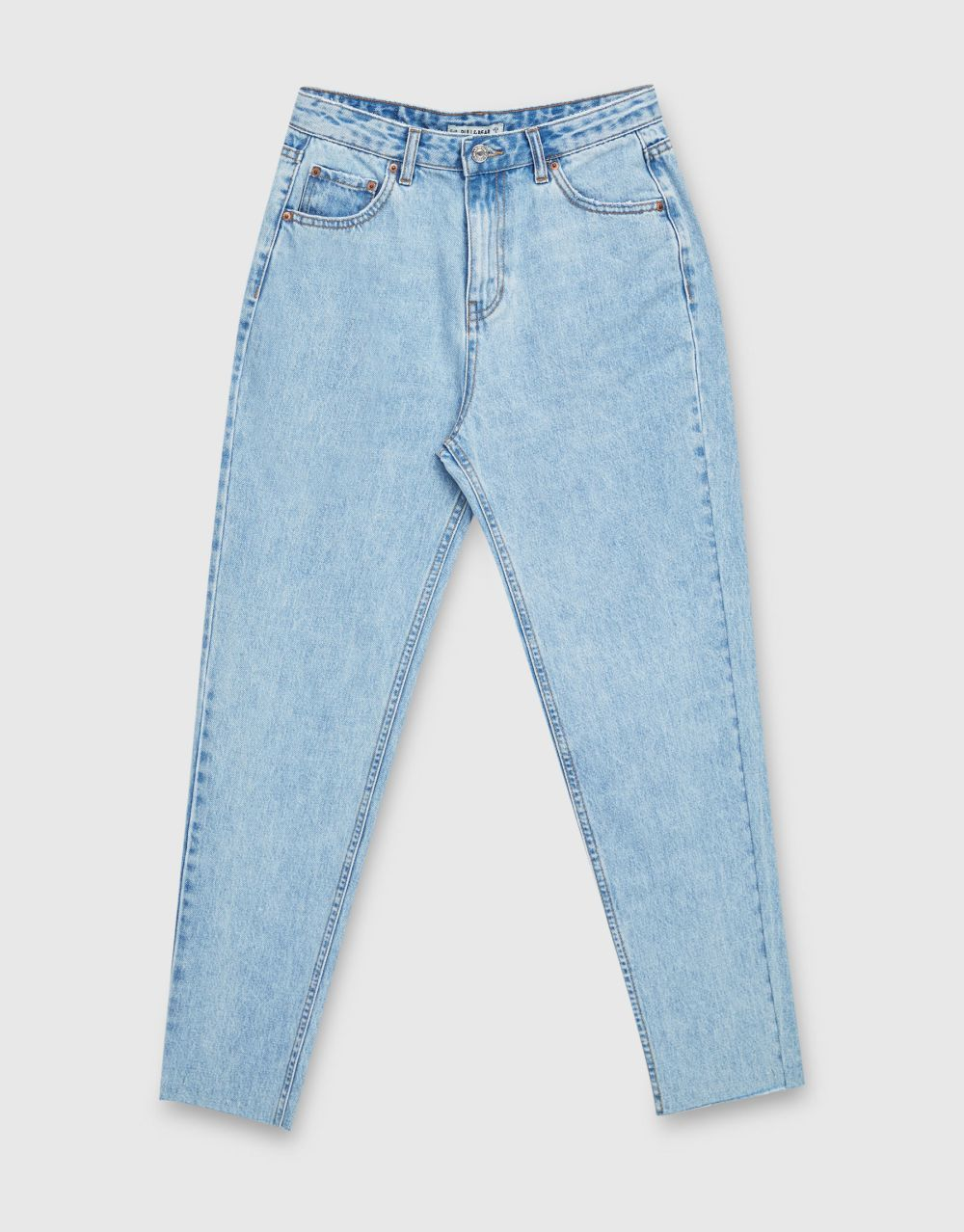 Jeans mom fit de Pull&Bear (49,99 euros)