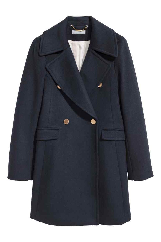 Abrigo con doble abotonadura de H&M (89,99 euros)