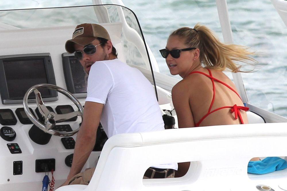 Enrique Iglesias y Anna Kournikova juntos en Miami.