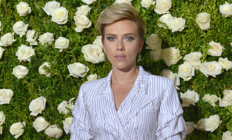 Scarlett Johansson parodia a Ivanka Trump en The Saturday Night Show
