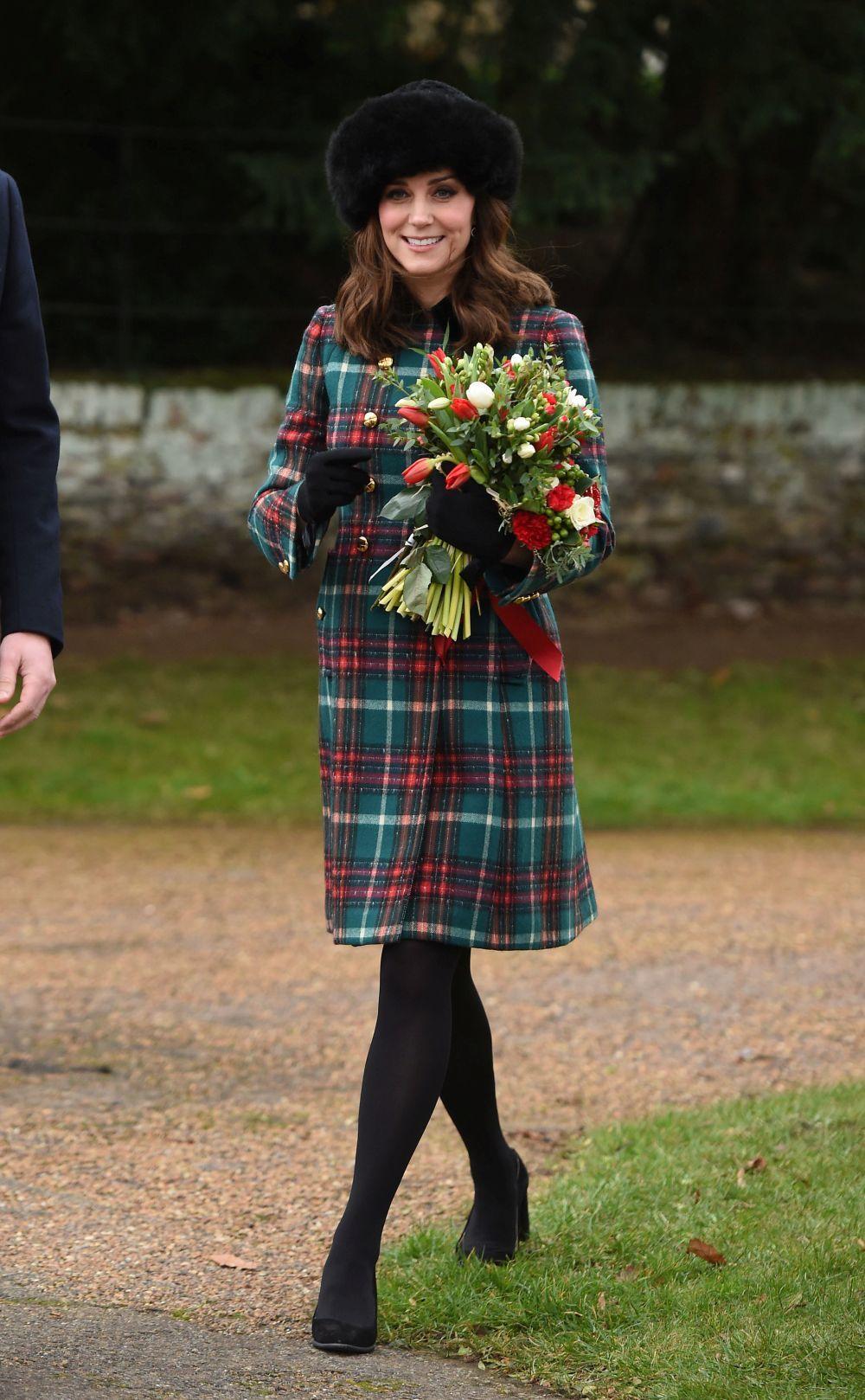 Kate Middleton con un abrigo en tartán.