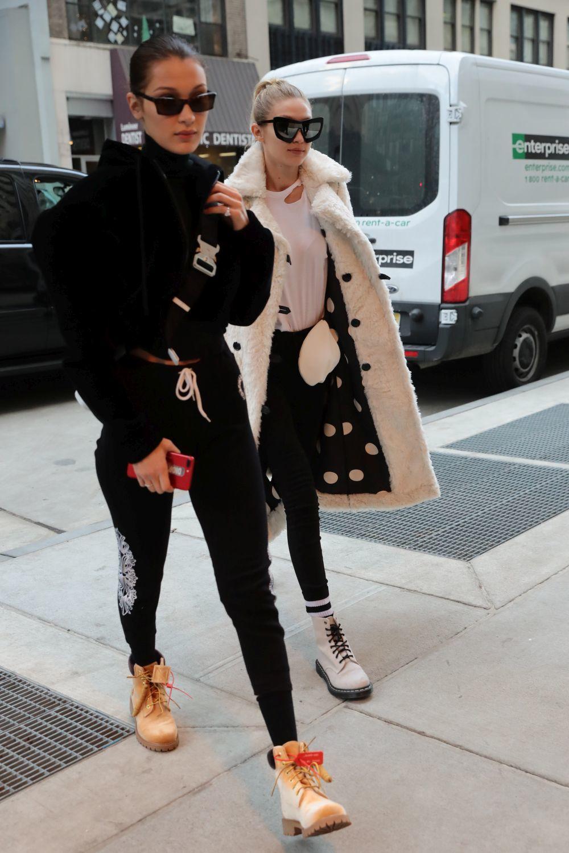 Gigi Hadid con su hermana Bella.